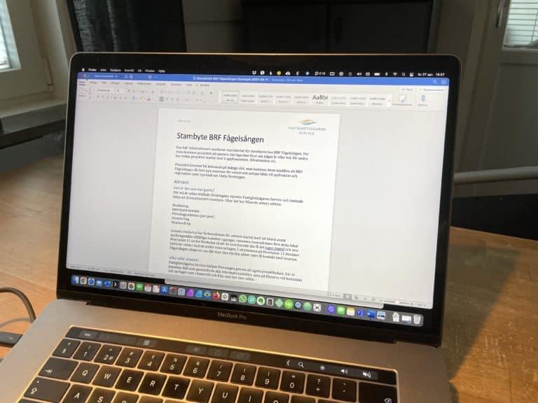 word dokument på datorskärm